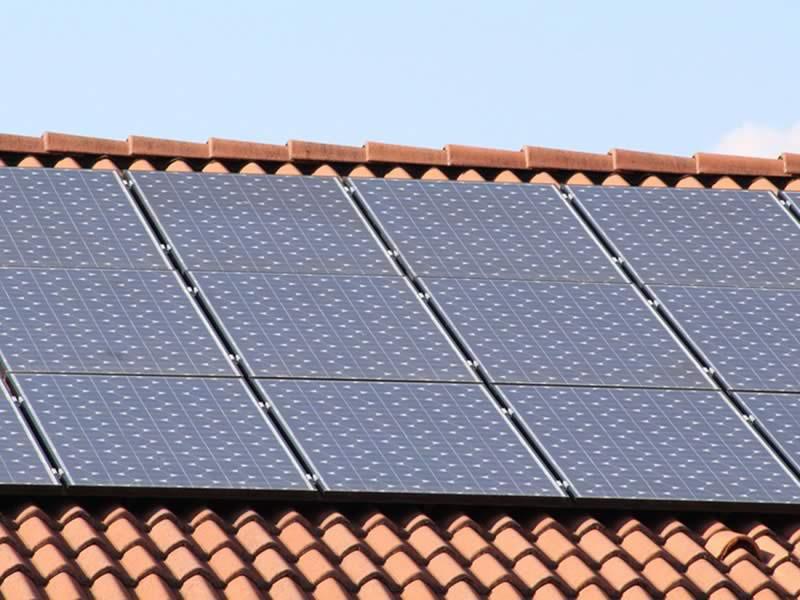 ARRIVELEC - installateur panneau photovoltaique solar-panels-1273129_960_720